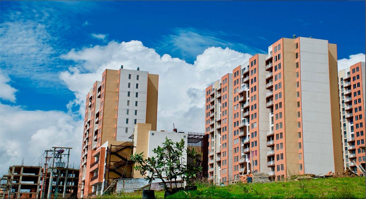 IDB Invest supports social and priority housing, through the structuring of the first social bond issued by a private financial entity in Colombia